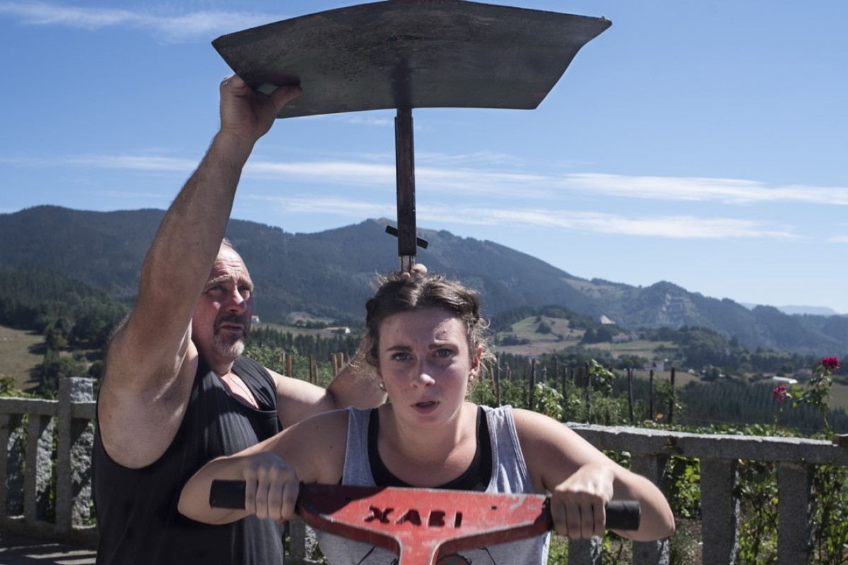 Karmele Gisasola lifts an anvil in practice for the ingude event, which involves lifting a 10kg anvil from the ground to a metal plate 30cm above her head as many times as possible in 90 seconds. Pictures: Miguel Candela