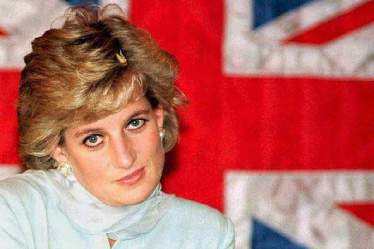 Diana in front of a Union Jack during a visit to the Shaukat Khanum Memorial Cancer Hospital in Lahore, Pakistan in February 1997
