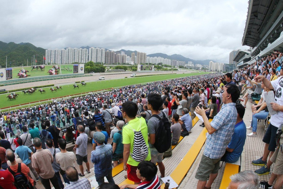 Fans bet big on the final day of the 2016-17 season at Sha Tin. Photos: Kenneth Chan