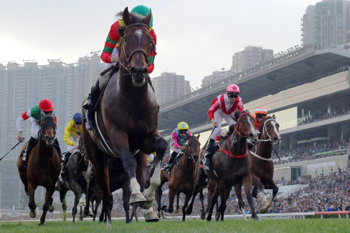 Ryan Moore and Maurice cruise away for a dominant win in the Group One Hong Kong Cup. Photos: Kenneth Chan