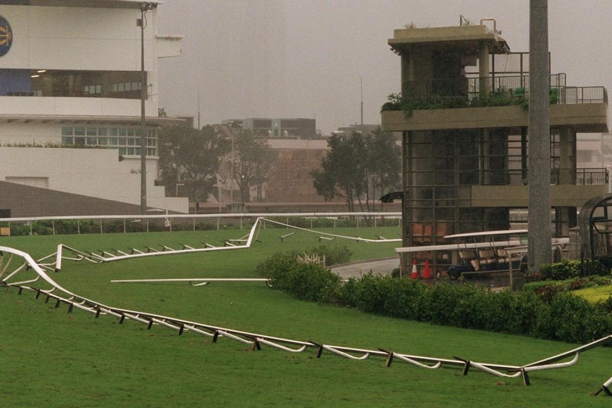 Typhoon York blows down the running rail at Sha Tin in September 1999. Photos: SCMP