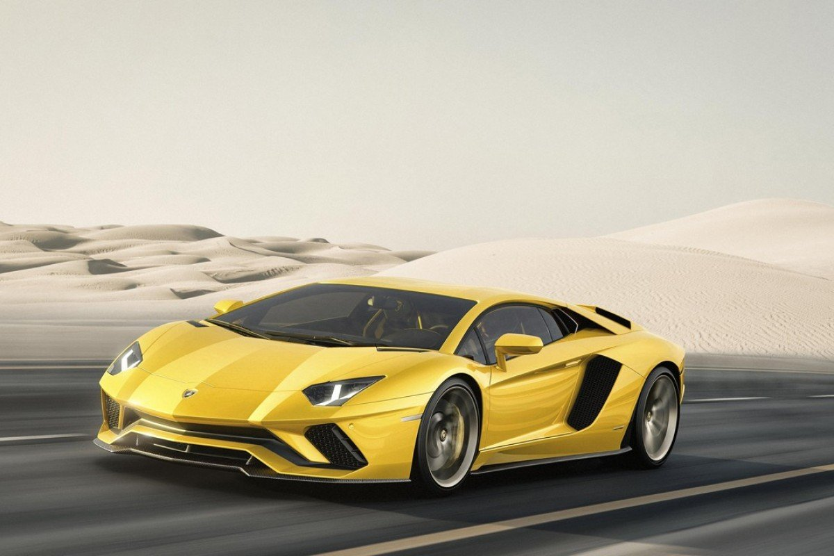 Sales of supercars, including Rolls-Royce, Bentley, McLaren and Lamborghini – including its 2017 Aventador S – have increased by 51 per cent in the past five years. Photo: Lamborghini