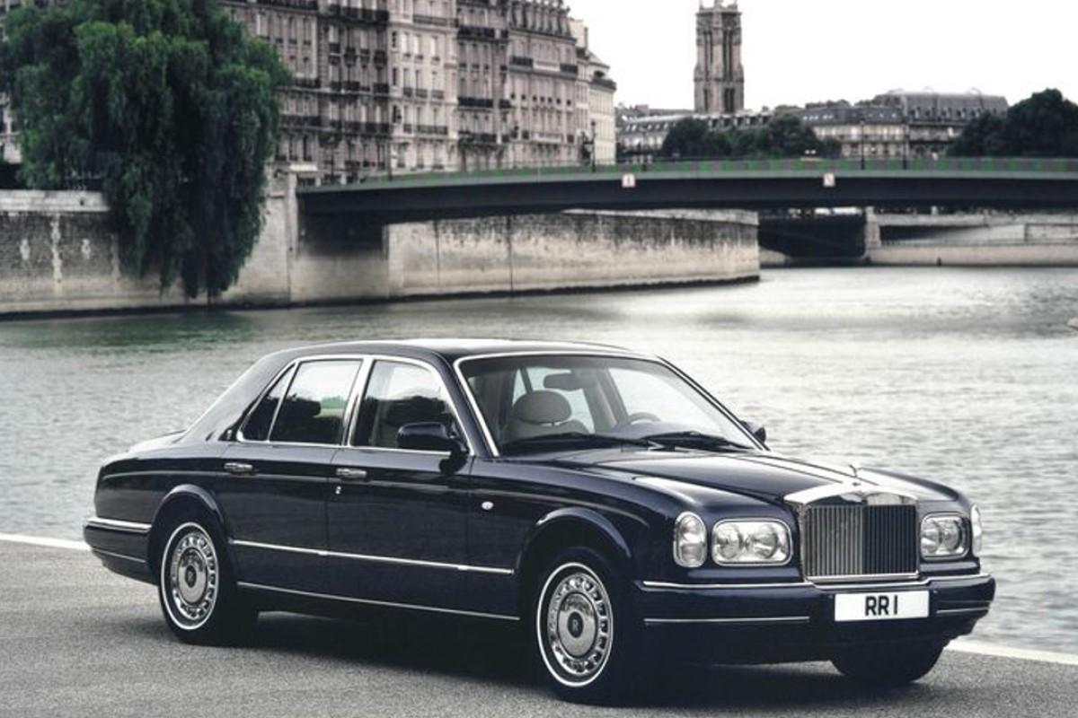 The Rolls-Royce Silver Seraph.