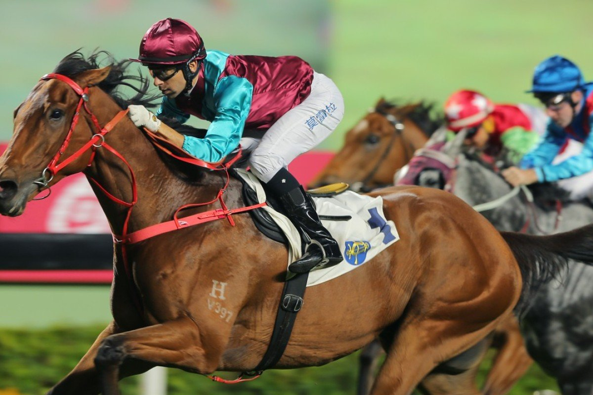Joao Moreira guides Beat The Clock to a convincing victory at Sha Tin on Sunday. Photo: Kenneth Chan
