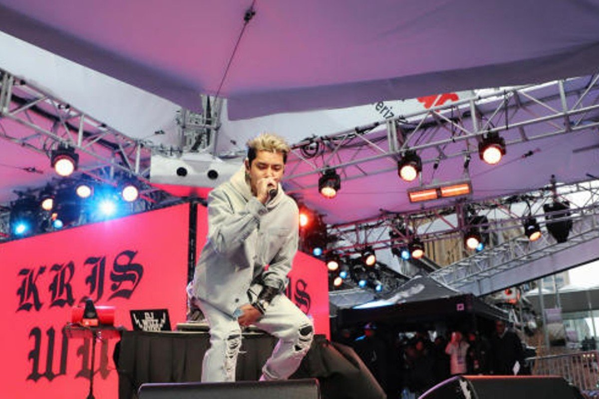 Kris Wu performing at Super Bowl Live concert