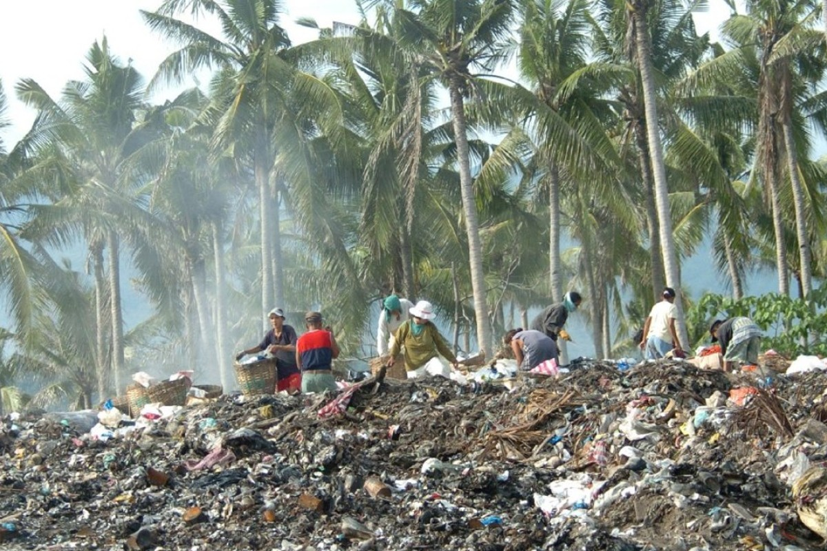 Scavengers sift through piles of rubbish on the Philippine resort island of Boracay. Picture: AFP