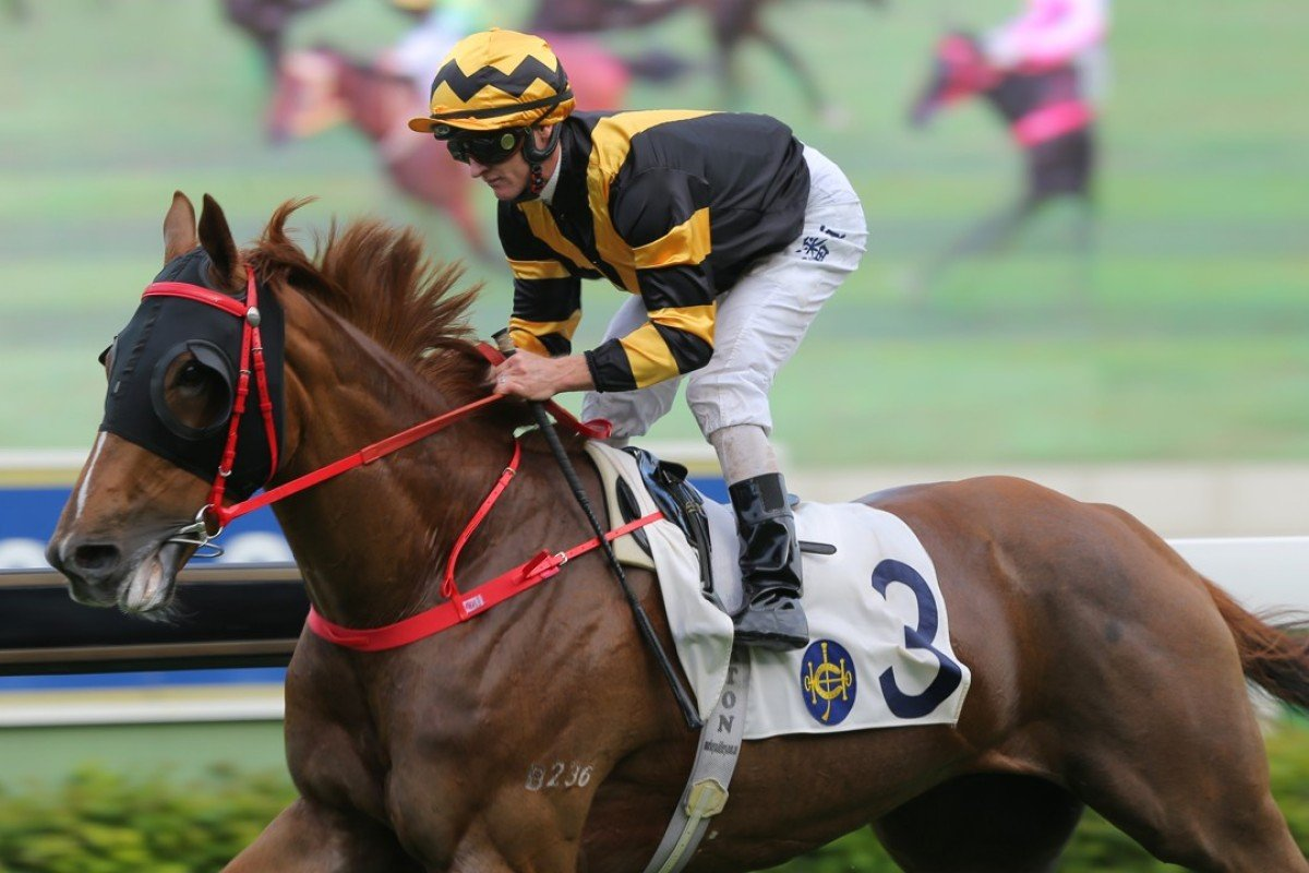 Frankie Lor-trained Glorious Forever wins in a canter for Zac Purton. Photos: Kenneth Chan