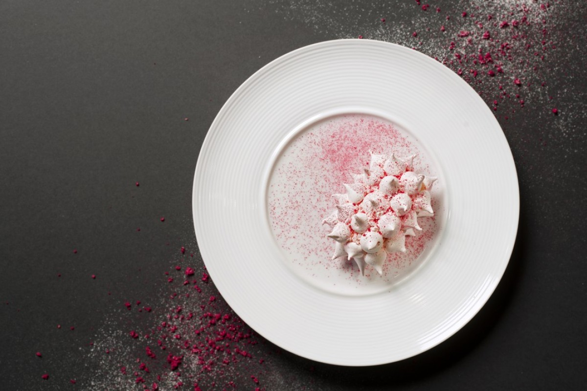 Pink rose and watermelon petit gateau, layered with sponge cake, watermelon and meringue Valrhona 33% white chocolate cream from Cé La Vi four-hands collaboration menu.