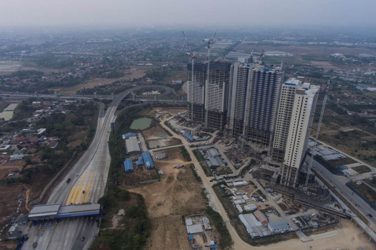 An aerial view of apartments at the Meikarta project in Bekasi, Indonesia. Photo: Reuters