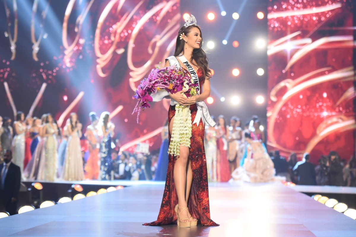 A jubilant Miss Philippines Catriona Gray stands on stage as she receives the applause of the audience after being crowned Miss Universe 2018 at Monday's beauty pageant in Bangkok, Thailand. Photo: Xinhua