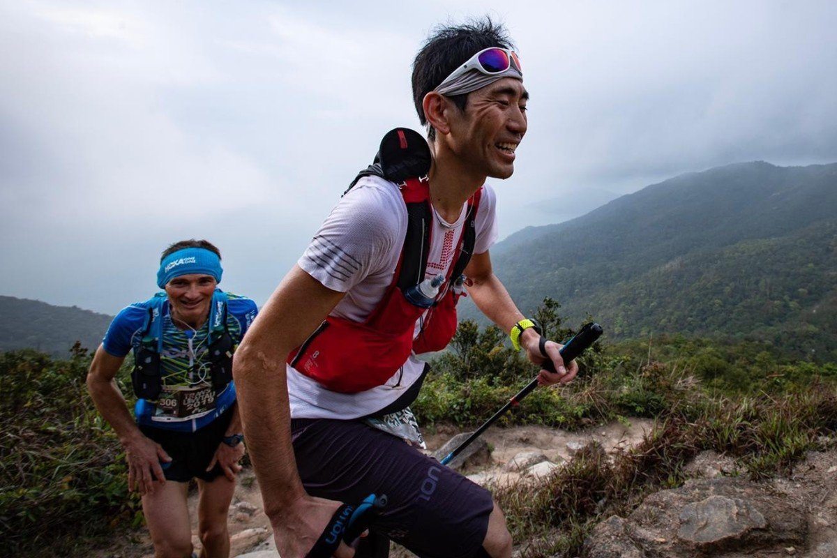 Kazufumi Ose leads Antoine Guillon during Saturday's Translantau 100. Photo: Sunny Lee