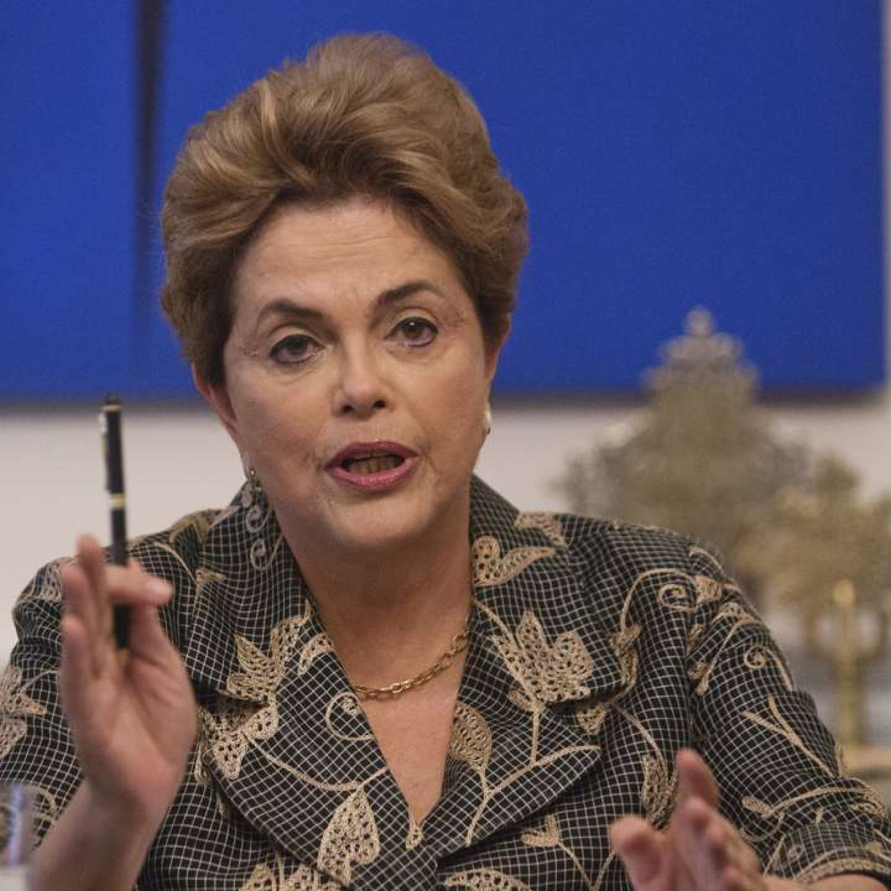Brazilian President Dilma Rousseff threatens to use trade