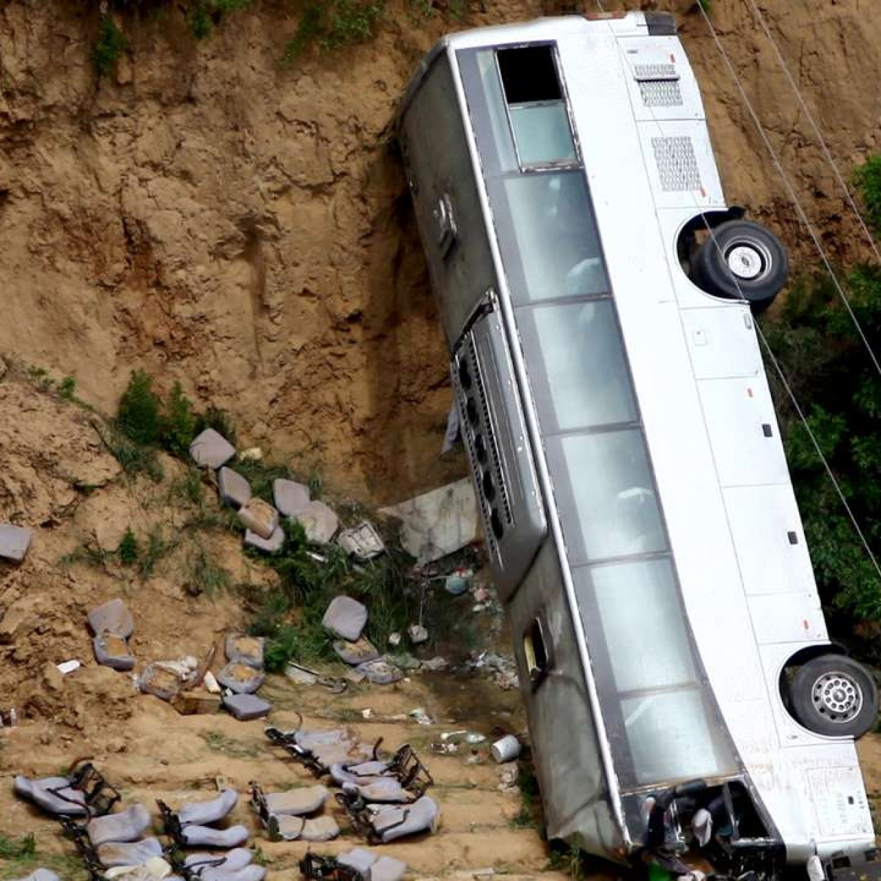 Traffic's toll: road accidents kill 700 people a day in