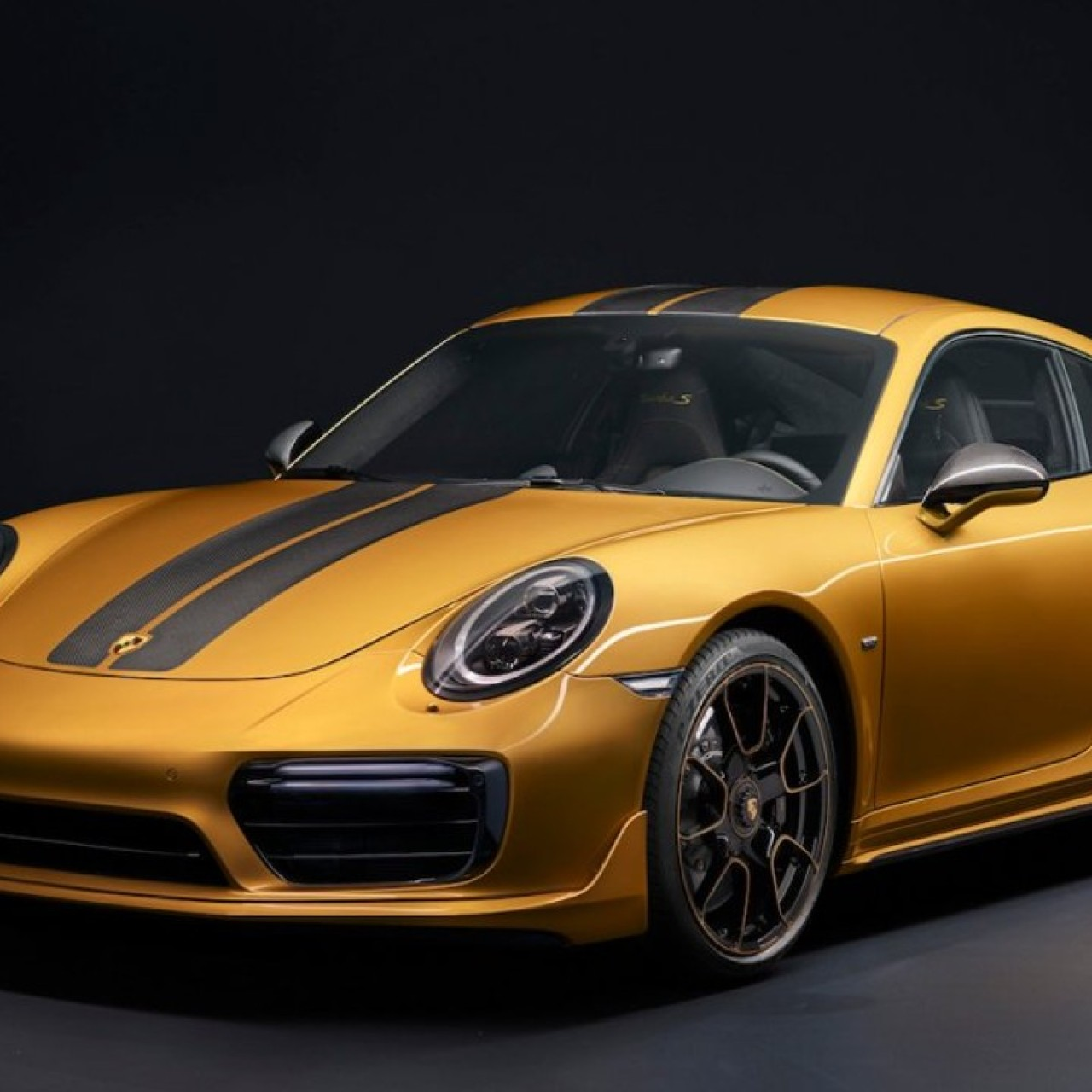 b52edf4a8bfb8 The Porsche 911 models never looked so good – all 22 of them | South ...