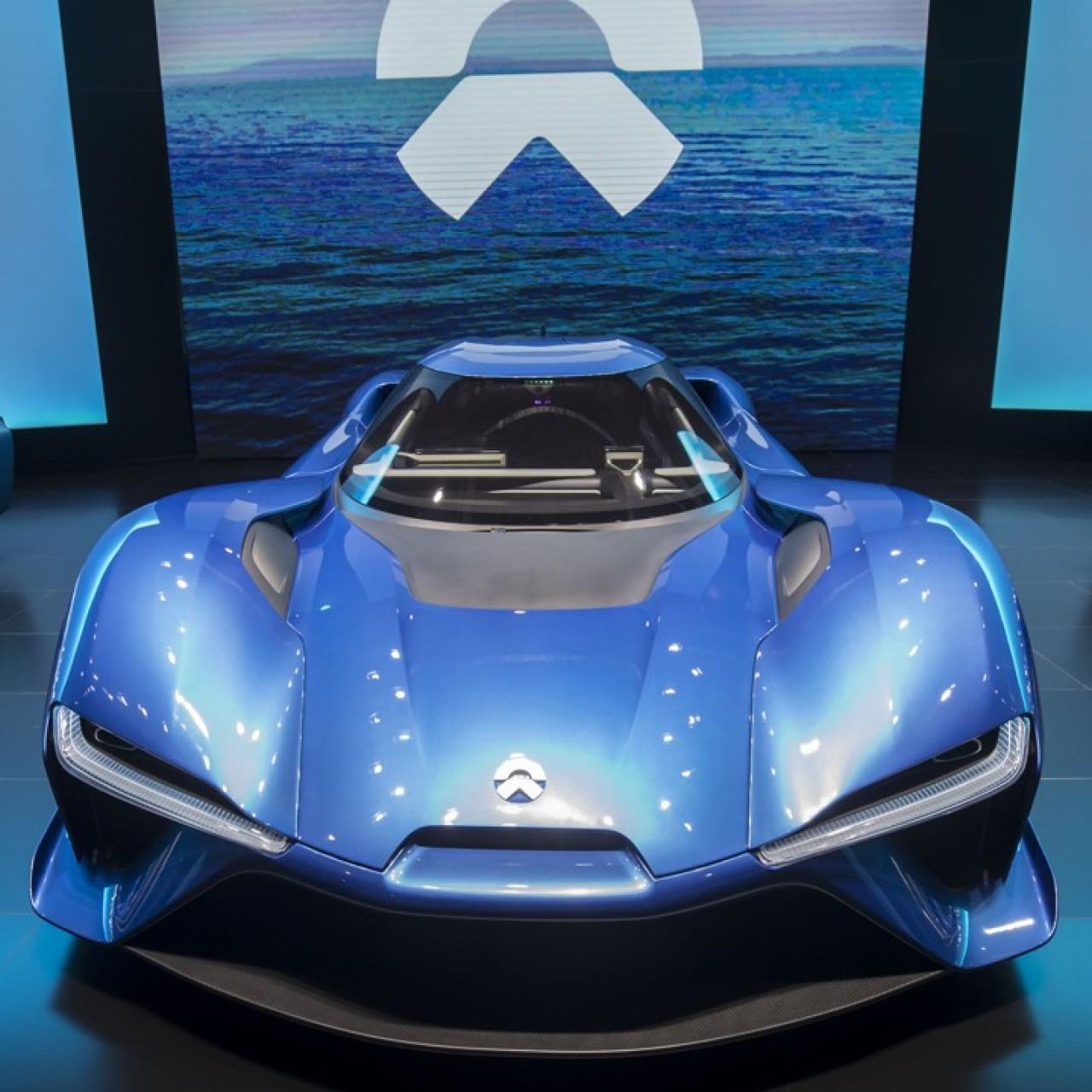 Tesla challenger NIO and car giant SAIC given green light to