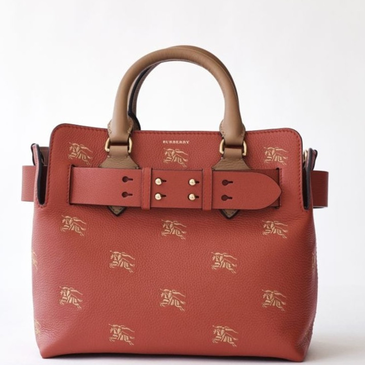 2d6b7a14bac Burberry launches two red bags in its first WeChat mini-program ...