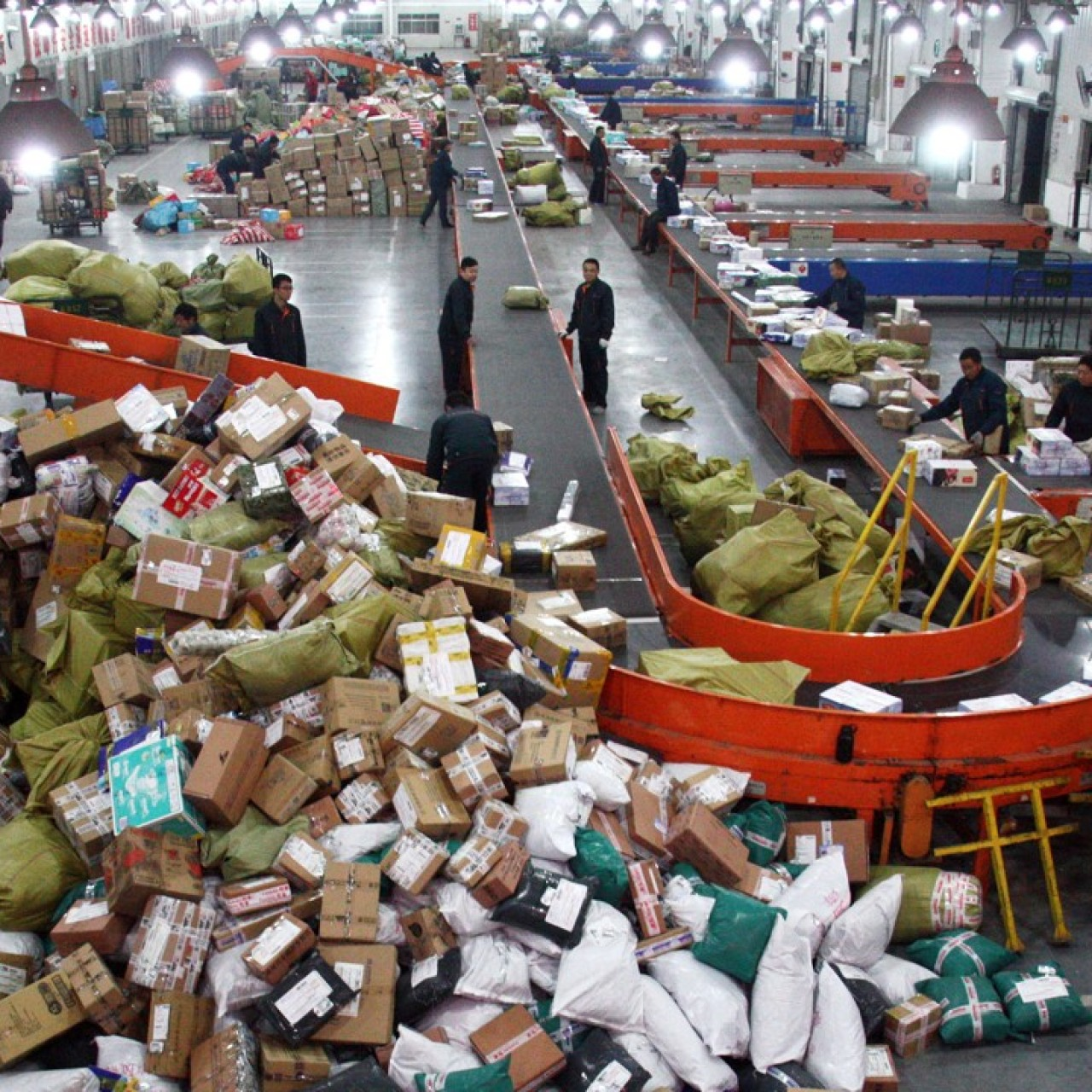 China's cheap shipping advantage explained   South China