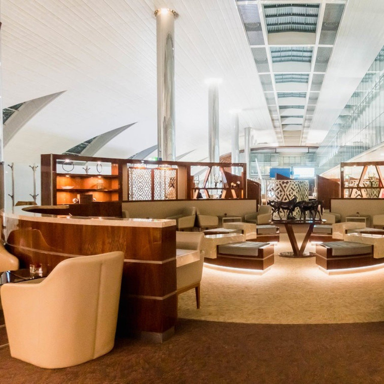 Is Emirates' flagship business class lounge at Dubai airport